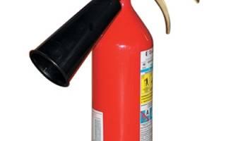 Как тушить углекислотным огнетушителем?
